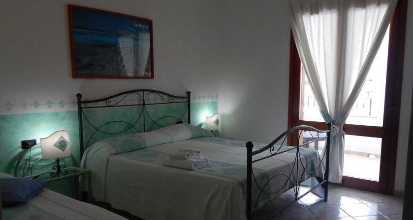 Camera Matrimoniale A Olbia.Le Stanze Il Platano Hotel San Teodoro Olbia Hotel Il Platano